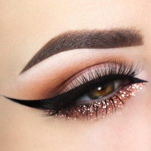 چگونه چشم ارایش کنیم ، آرایش چشم عروس ، ارایش چشم حرفه ای ، ارایش چشم حلقه ای ، ارایش چشم دخترانه ، نحوه آرایش چشم ژاپنی
